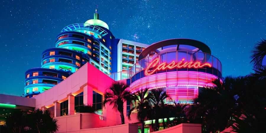 Passeios românticos em Punta del Este: hotel e cassino Conrad