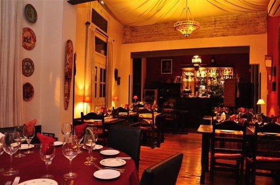 O que fazer à noite em Montevidéu: restaurante Tandory