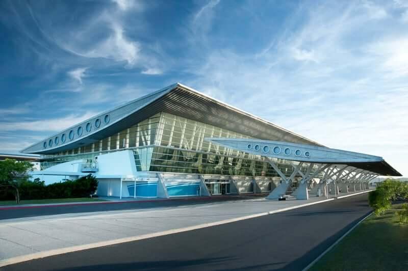 Imigração no Uruguai: Aeroporto Internacional de Punta del Este