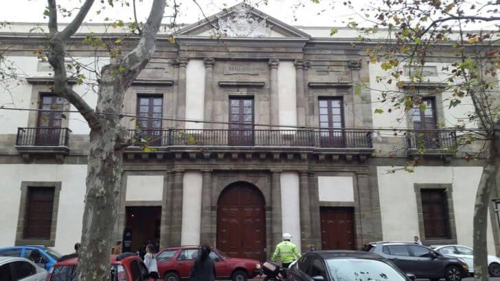 Pontos turísticos em Montevidéu: Cabildo de Montevidéu
