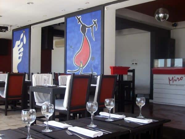 Bares em Punta del Este: Miró Resto Bar