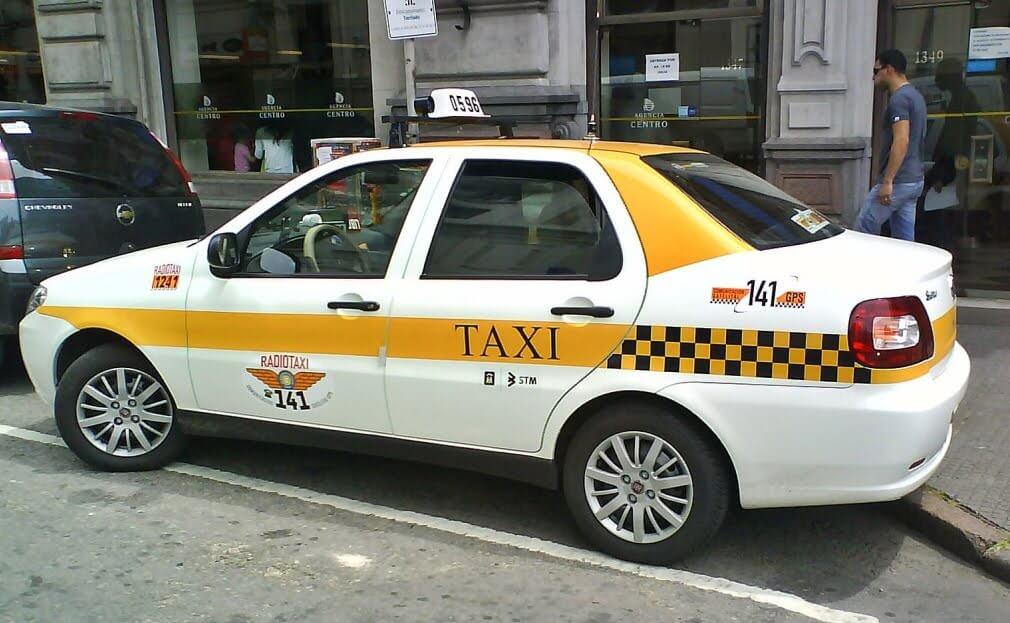 Gorjetas no Uruguai: gorjeta em táxi