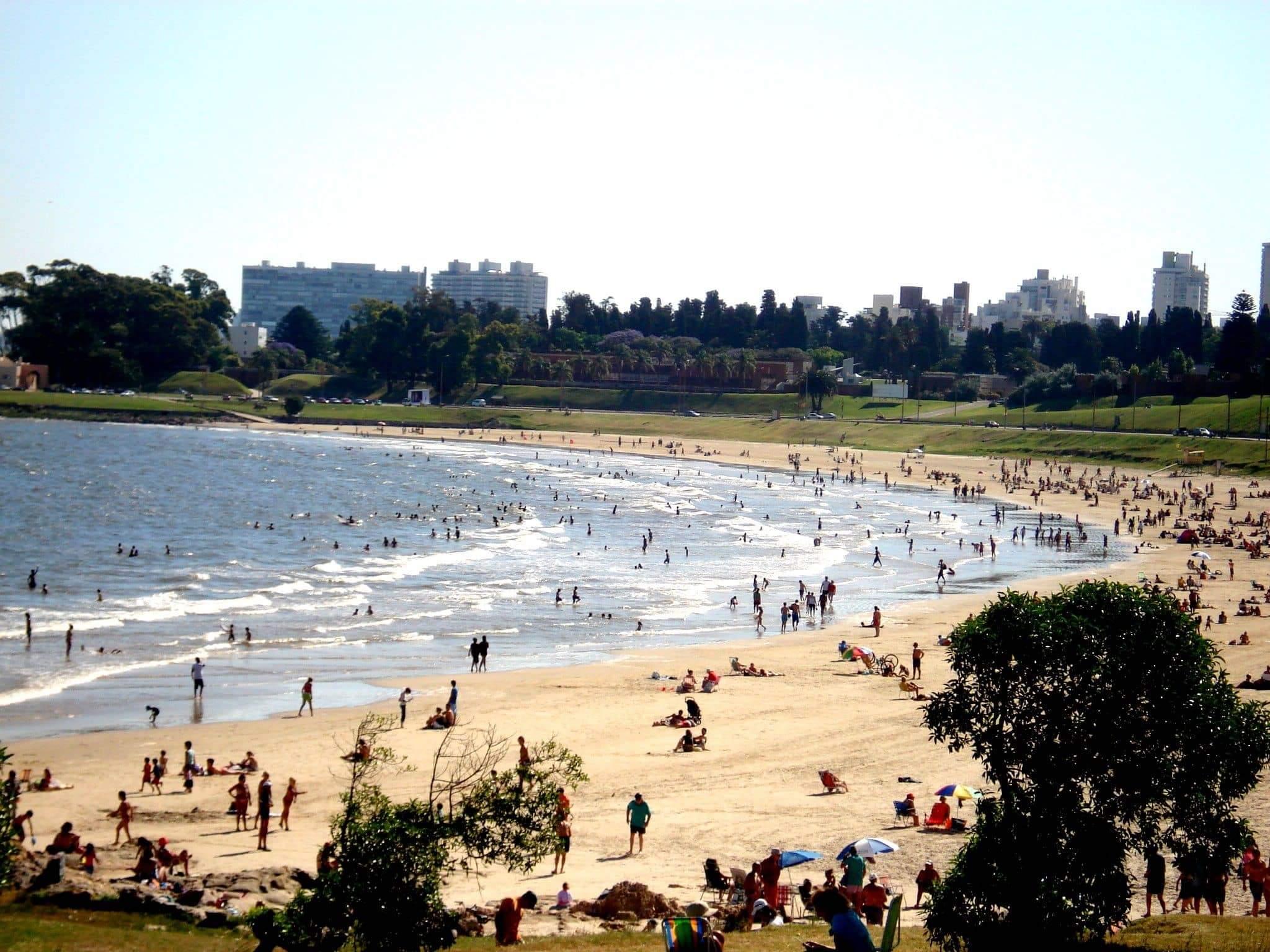 O que fazer no verão em Montevidéu: Playa Buceo