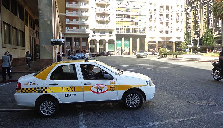 Gorjetas em Montevidéu: gorjeta em táxi