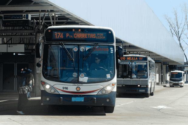 Como andar e se locomover em Montevidéu: ônibus
