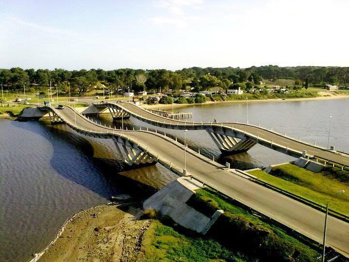 Roteiro de 6 dias no Uruguai: Puente de La Barra (ponte ondulada)
