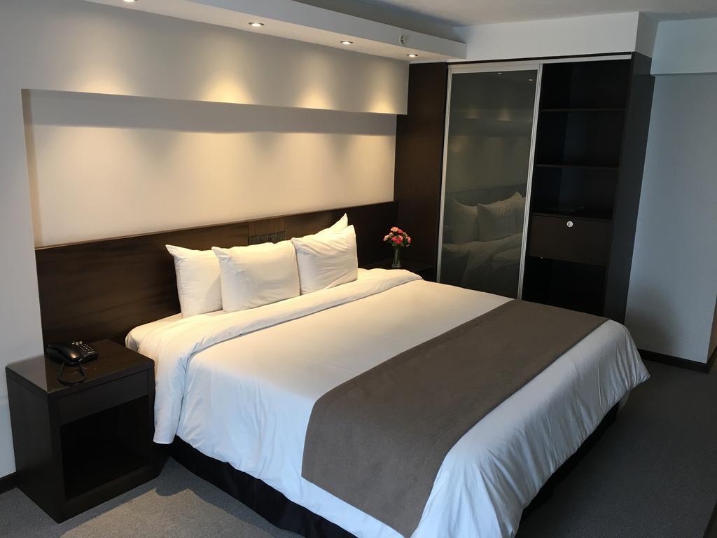 Hotéis no centro turístico de Montevidéu: Crystal Tower Hotel - quarto
